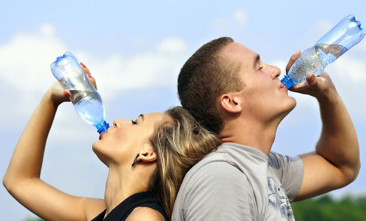 硬水は結石の原因?安心して飲むために知りたい3つのこと-硬水を飲み続けて良いのか?